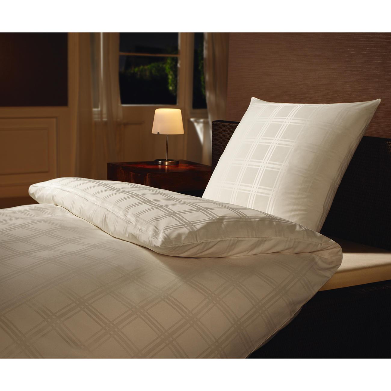 microfaser damast bettw sche mit 3 jahren garantie. Black Bedroom Furniture Sets. Home Design Ideas