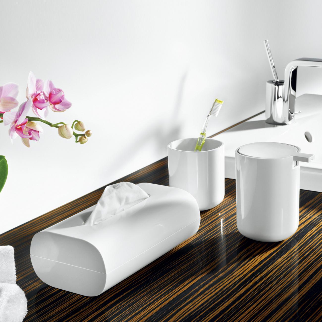 coole bad accessoires von alessi mit 3 jahren garantie. Black Bedroom Furniture Sets. Home Design Ideas