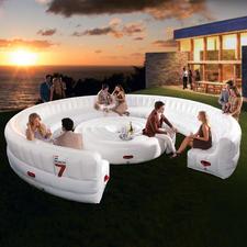 Airlounge - Perfekt in nur 10 Minuten: Ihre riesig geräumige Partylounge für bis zu 30 (!) Personen. Sogar mit Tisch.