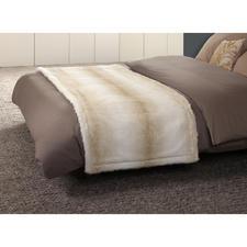 Bettläufer Polarbär - Der Bettläufer aus feinstem, täuschend echtem Polarbär.