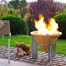 Feuerspeicher - Kraftvolles Lagerfeuer. Und noch nach Erlöschen der Glut bis zu 2 Stunden Wärme.