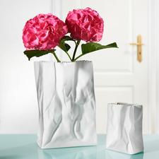 Tütenvase - Entworfen von der Design-Legende Tapio Wirkkala. Aus feinstem Rosenthal-Porzellan.