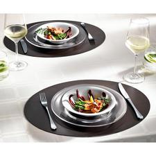 tableMat, 2er-Set, oval oder eckig, Braun/Schwarz - Elegant wie Leder aus einem Stück. Aber viel strapazierfähiger und pflegeleichter. Hochwertiger Lederfaserstoff.