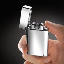Lichtbogen-Feuerzeug - Viel sicherer (und zuverlässiger): Kein Feuerzeuggas oder -benzin. Keine Hitze in der Nähe Ihrer Hand.