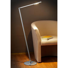 Stehleuchte Tubi - Perfekt zum Lesen und Arbeiten: Der Leuchtenschaft ist um 360° drehbar und um jeweils 30° nach vorne und hinten neigbar.