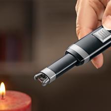 Lichtbogen-Stabanzünder - Kein Feuerzeuggas oder -benzin. Keine Hitze in der Nähe Ihrer Hand. Kein gefährliches Aufflammen.