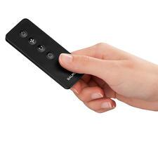 Alle Funktionen können komfortabel per Fernbedienung (mitgeliefert) aktiviert werden.