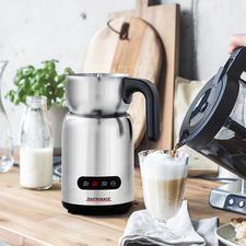 Gastroback Induktions-Milchaufschäumer - 4 Automatikprogramme bereiten heißen und kalten Milchschaum, warme Milch und Trinkschokolade. Hygienisch zu reinigen.