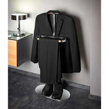 Auf dem schmalen, doch tragfesten Bügel können Ihre Sakkos, Hemden optimal lüften.