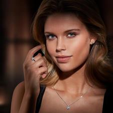 Diamantring Illusion-Setting - Prachtvolle, echte Diamanten. Funkelnd wie ein 1-Karäter – zum Bruchteil des Preises.