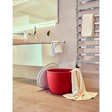 Ideal auch für Badezimmer und Sauna – als Sammler für Ihre Badetücher, Sportsachen,...