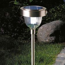 Intelligente Solarleuchte - Modernste LED-Technik mit 2 Lichtstärken, eingebautem Bewegungs- und Dämmerungssensor.