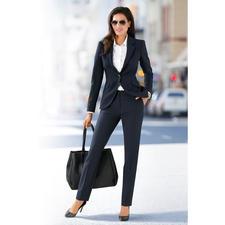 Business-Blazer oder -Hose - Der feminine unter den seriösen Business-Anzügen. Zeitgemäßer, figurbetonter Schnitt. Charmante Details.