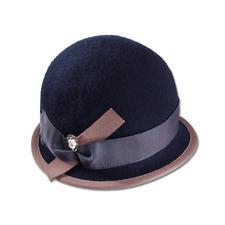 Ellen Paulssen Walk-Hut - Elegant wie ein Hut. Unkompliziert wie eine Mütze. Aus weichem Woll-Walk.