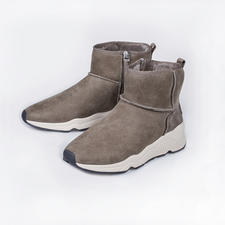 Ash Lammfell-Sneakerboots - 100 % modisch. 100 % wintertauglich.