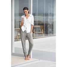 Casual-Pyjama - Die neue Generation Pyjama: Clean. Modern. Im lässigen Athleisure-Look.