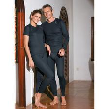 """ODLO Kurzarmshirt, Langarmshirt oder Hose für Damen oder Herren - """"Cubic""""-Struktur von Odlo: wärmend, ohne auf der Haut zu kleben."""