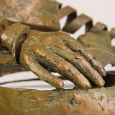 Für die Ausarbeitung der feinen Details benötigt die Künstlerin zwei Tage je Skulptur.
