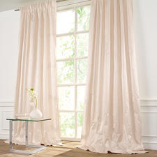 "Vorhang ""Sonatine"", 1 Vorhang - Seltene Satinseide: Griffig. Glatt. Modern. Elegant."