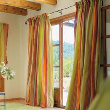 """Vorhang """"Dono"""", 1 Vorhang - Webgemusterte Seide im faszinierenden Farbenspiel: Jeder Streifen ein ausdrucksvoller Blickfang."""