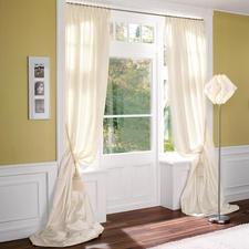 """Vorhang """"Tanita"""", 1 Vorhang - Ganz in Weiß – aber mit einer dritten Dimension."""