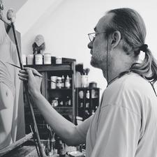Willi Kissmer in seinem Atelier.
