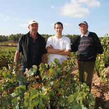 Weinmacher Fréderic Bousquet mit Vater Jean-Noël und Großvater Jules