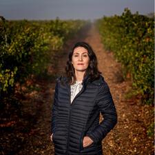 Weinmacherin Sara Román