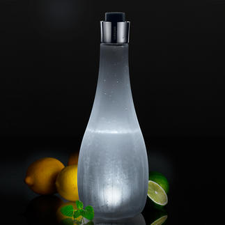 Vagnbys Licht-Karaffe Stilvolle Wasserkaraffe und stimmungsvolle Lichtquelle in einem. Kabellos. Ein Blickfang auf jeder Tafel.
