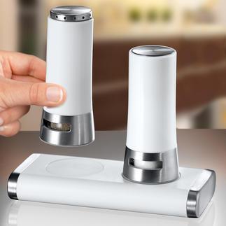 """Salz- und Pfefferstreuer """"Magnetic"""" Auf und zu wie von Zauberhand: Mit Magnet(haft)kraft. Kippsicher. Mit Automatik-Verschluss."""
