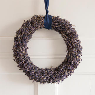 Lavendelkranz oder Lavendelstrauß Das Flair der Provence: handgebundener Tisch- und Türschmuck aus echtem Lavendel.