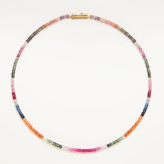 Saphir-Kette Selten: das gesamte, natürliche Farbspektrum der Saphire - in einem Schmuckstück vereint.