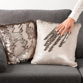 Wendepailletten-Kissenhülle Die zweiseitig bedruckten Pailletten formen flexibel immer neue, schimmernde Muster.