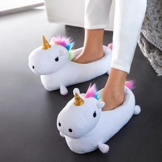 """Hausschuhe """"Einhorn"""" Märchenhaft warme Füße werden jetzt stylish. Flauschige Hausschuhe. Trendiges Einhorn. Sogar mit Wärmekissen."""