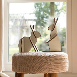 Holzhasen-Duo Modernes Design statt Osterkitsch: Selten waren Holz-Hasen so markant.