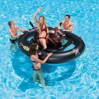 """Aufblasbares Bullenreiten """"Inflatabull"""" Echtes Rodeo-Feeling wird jetzt zum Spaß im Wasser. Aufpumpen, aufsitzen – und los geht´s."""
