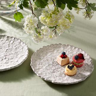 Hortensien-Teller, 2er-Set Handgefertigtes Blütenmeer: der Hortensien-Teller aus Florentiner Keramik.