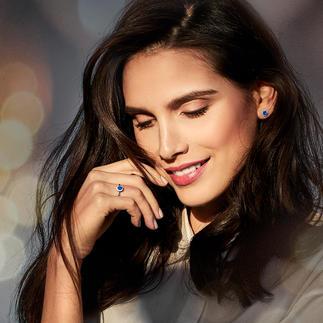 Saphir-Ring oder -Ohrstecker Filigraner, echter Saphir-Schmuck mit Diamanten: glänzt auch mit seinem Preis.