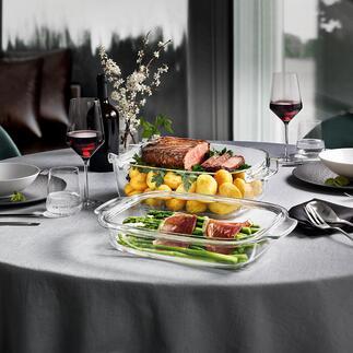 Design-GlasbräterGrandCHEF mit Deckel Aus dem Ofen direkt auf den Tisch. Hitzeisolierende Silikonfüße machen Untersetzer überflüssig.