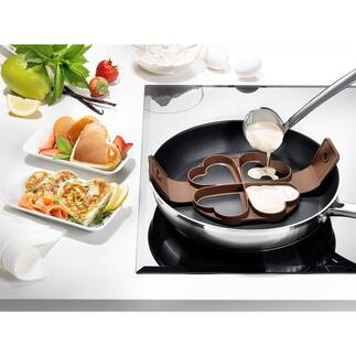 Pancake-Herzform Vier perfekt geformte Pancake-Herzen auf einmal. Silikon-Backform mit praktischen Wendegriffen.