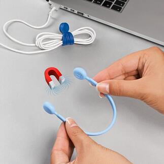 Magnet-Kabelbinder, 3er-Set Die besseren (und schöneren) Kabelbinder: für Wohnraum, Werkstatt, Büro, ... Aus flexiblem Silikon mit magnetischen Haftenden. Genial vielseitig und einsetzbar und wiederverwendbar.