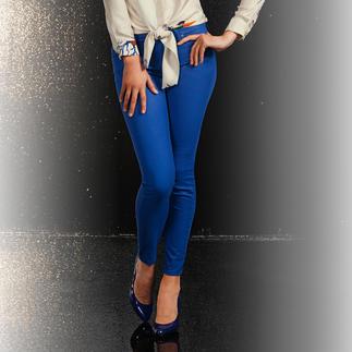 Versace Skinny-Hose Die modisch perfekte Hose: Schmale Form. Verkürzte Länge. Strahlendes Blau.