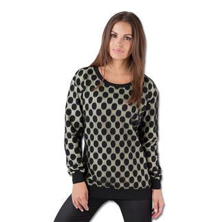 Costume and Costume Mesh- oder Lurex-Sweater Innen Sweatshirt – außen elegant. Die Ausgeh-Variante des Trend-Pieces kommt von Costume and Costume.