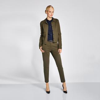 Pinko Jersey-Blazer, -Hose oder -Faltenrock, olive Hochmodisch und doch businesstauglich: Pinkos Dreiteiler in der Trendfarbe Olive.
