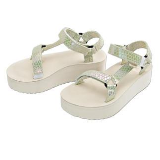 Teva® Plateau-Sandale Vom Outdoor-Klassiker zum Fashion-Star: Die Trecking-Sandale von Teva®, USA.