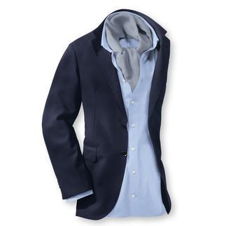 Das korrekte blaue Sakko für den Sommer. Topgepflegt und luftig zugleich. Aus Super 130-Tuch: leicht, knitterarm und formstabil.