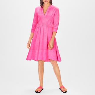 Kultfrau Leinen-Kleid Pink Heute ein High-Fashion-Piece – morgen ein Lieblingsstück: das pinke Leinenkleid vom deutschen Label Kultfrau.
