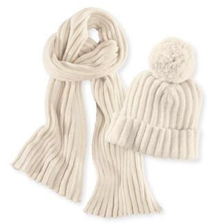 Naturbelassene Alpaka-Wolle aus deutscher Zucht. Gut für Ihre Haut (und für die Umwelt). Mütze und Schal 100 % made in Germany. Ungebleicht. Ungefärbt. Besonders hautverträglich.