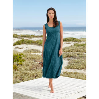 Das Seidencrash-Kleid - ein Sommerkleid aus reiner Seide, aber völlig unkompliziert. Knitterunempfindlich, bügelfrei, blickdicht. Kann vielseitig kombiniert immer wieder neue Looks entwickeln.