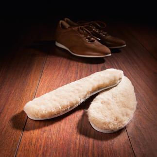 Die Lammfell-Einlegesohle für UGG®-Komfort in fast jedem Schuh. Sie treten wunderbar weich und schonend auf.